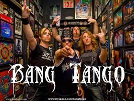 Bang Tango in studio