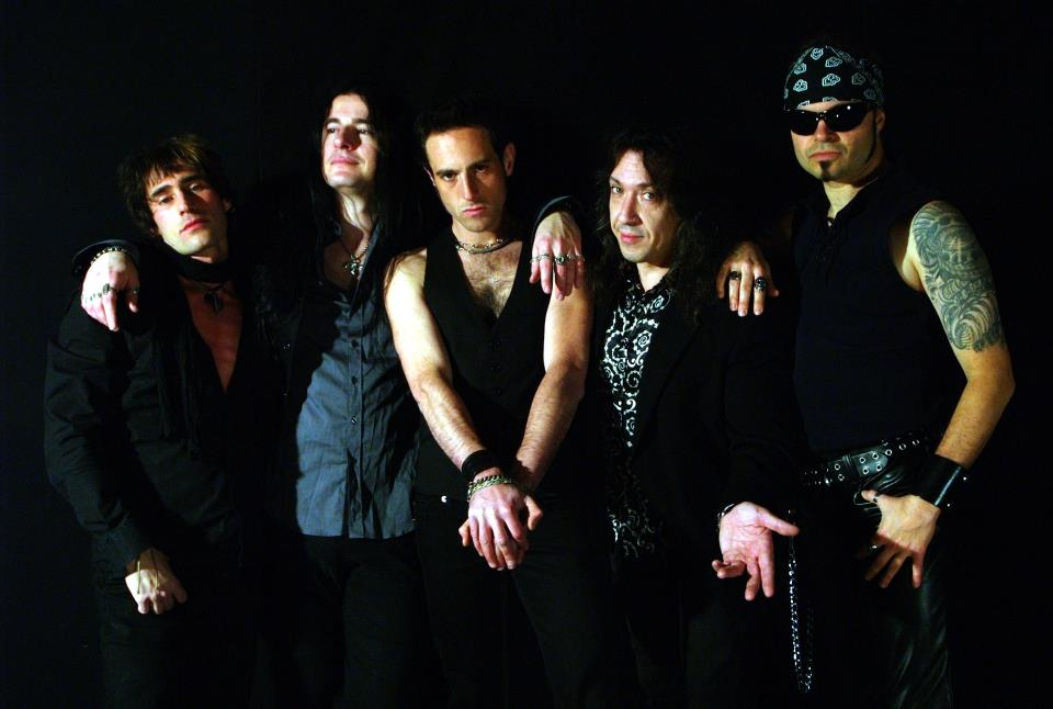 Fuel From Hell firmano per Street Symphonies Records