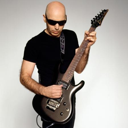 Joe Satriani: nel 2013 sei date in Italia