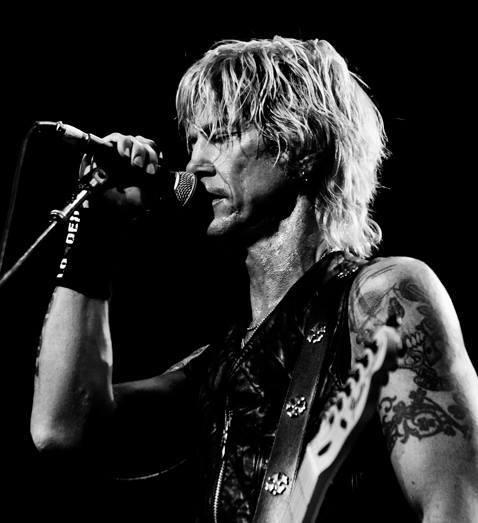 Duff McKagan torna nei Guns N' Roses