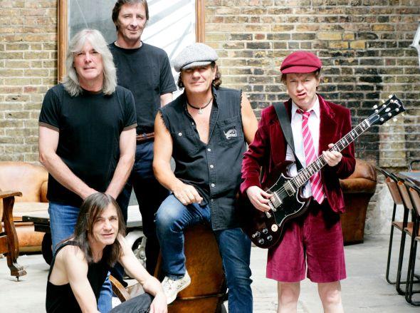 AC/DC: sarà il nipote di Young a sostituire Malcolm?