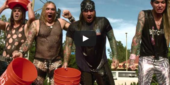 Gli Steel Panther nominano Ratt, Black Veil Brides e… Papa Francesco