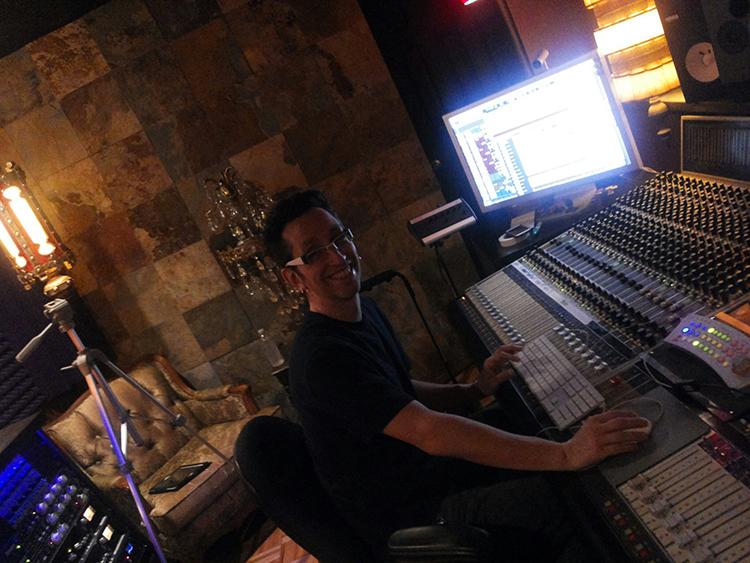 Neil Zaza al lavoro sul nuovo album